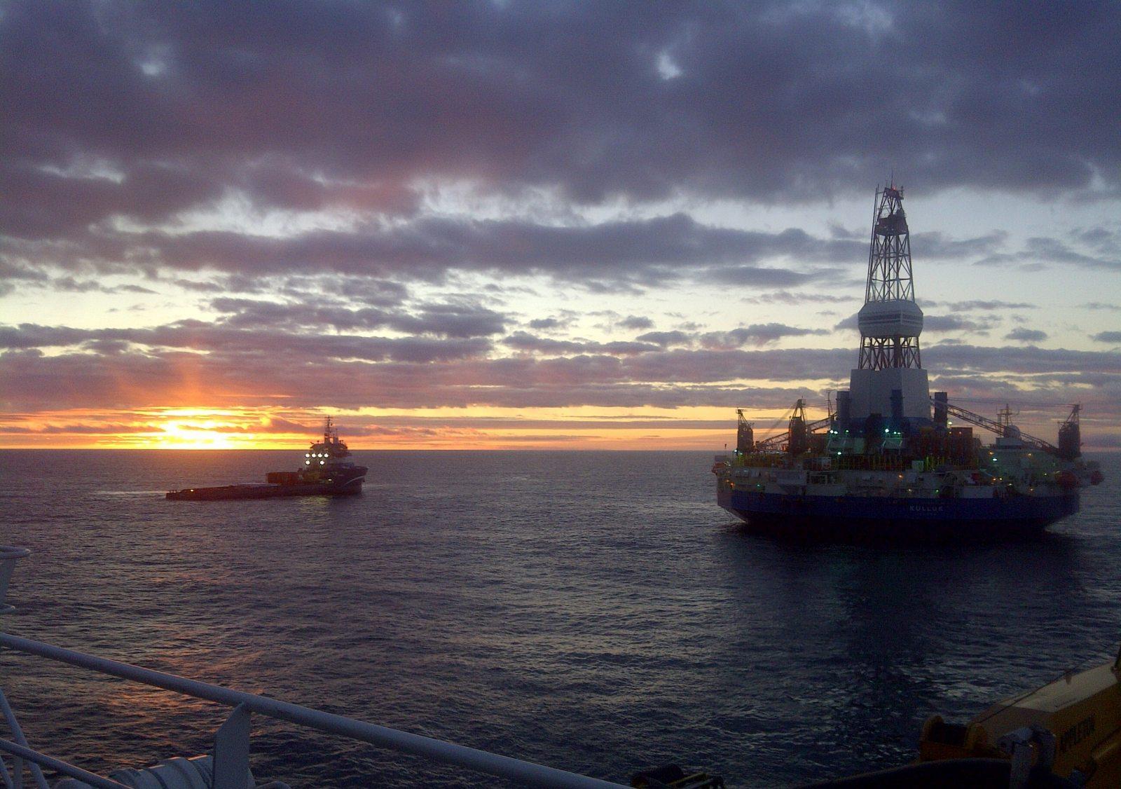 Royal Dutch Shell's Kulluk drillship in the Beaufort Sea in fall 2012. Photo: Royal Dutch Shell. Alaska Dispatch.