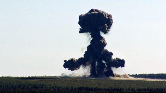 Finland destroys its stock in landmines. Image: Jarmo Honkanen / Yle