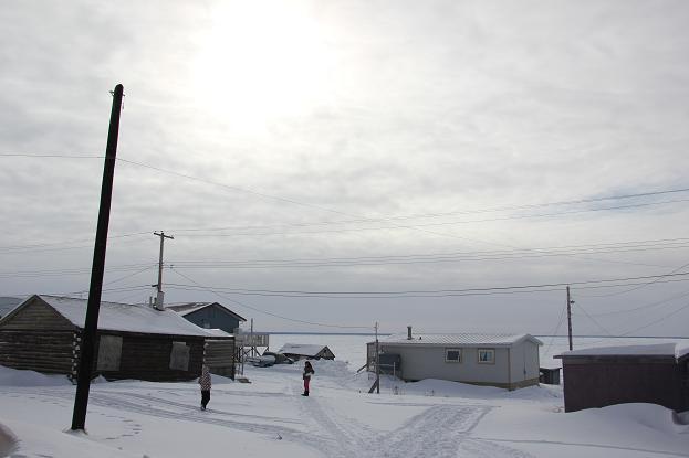 La communauté de Deline dans les TNO. (Eilís Quinn / Regard sur l'Arctique)