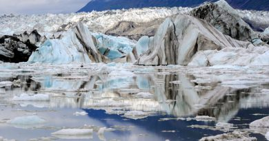Kluane National Park in Yukon is heavily glaciated. The Lowell Glacier in the park is pictured here. (Sean Kilpatrick/Canadian Press)