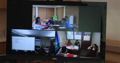 Classroom videoconferencing in Canada's Northwest Territories. (Chris Gilmour)
