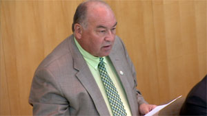 N.W.T. Premier Bob McLeod stands in the legislative assembly earlier this month to ask the Speaker to hold the vote on the territory's devolution deal. (CBC)