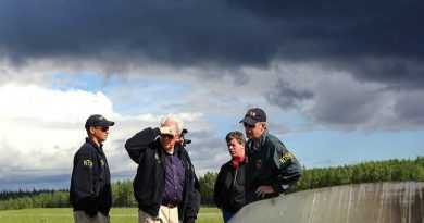 NTSB team at the Rediske Air crash site in Soldotna, Alaska. (NTSB)