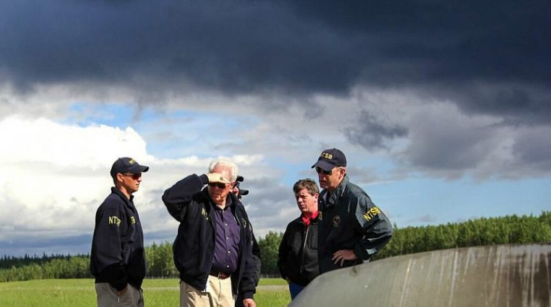 NTSB team at the Rediske Air crash site in Soldotna, Alaska. (NTSB)