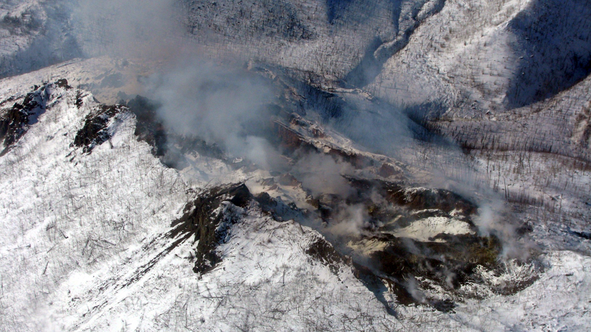The people of Eagle, Alaska, are getting worried about an underground fire 40 kilometres outside of town that's been burning and spewing noxious smoke for more than a year. (Ed Christensen/National Parks Service)