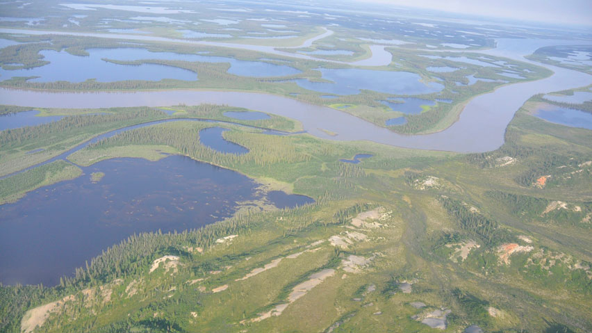 The Mackenzie delta is shown. THe government is seeking public input on a plan to build a highway along the river valley between Inuvik and Wrigley. (CBC)