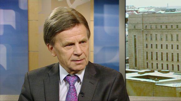 Commerce Committee chair Mauri Pekkarinen (Yle)