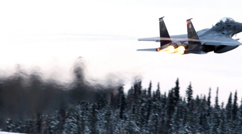 An F-15 takes off at Eielson Air Force Base, Alaska on October 18, 2012. (Eric Engman / Fairbanks Daily News-Miner / AP)