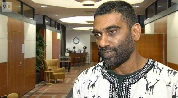 Greenpeace Executive Director Kumi Naidoo visited Finland on Wednesday, asking Foreign Minister Erkki Tuomioja for support. (Yle)