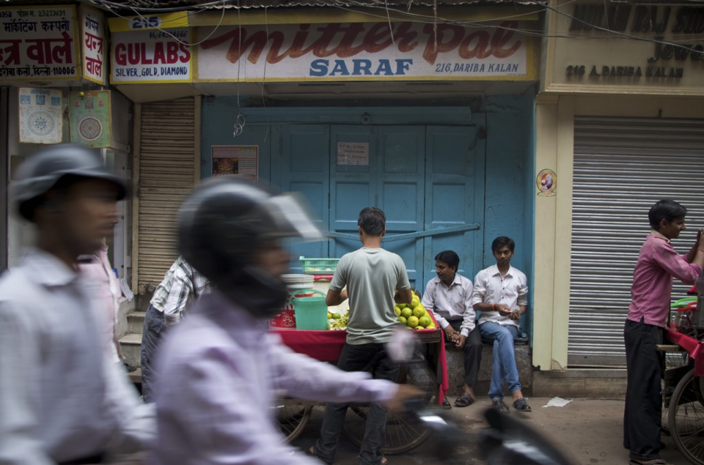 This motorcycle could one day be powered by Canadian oil. New Delhi, India. Sept. 2013. ( Mia Bennett )