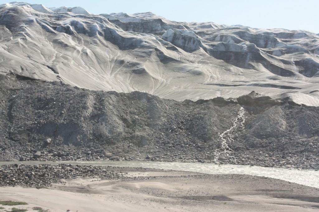 Cryosphere in jeopardy: Greenland ice sheet.( Irene Quaile)