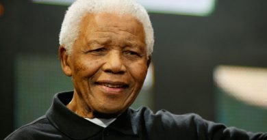 Canadian Inuit leaders issued statements today on Nelson Mandela's death, saying his battles against racism, inequality and poverty had deep meaning among Inuit. He stopped in Iqaluit briefly in 1990 while his plane refuelled. (The Canadian Press)
