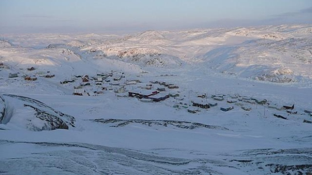 Kimmirut, pop. 460, is nestled among the hills and lakes of South Baffin Island. The weather in Kimmirut is so popular, a web page devoted to it is about to reach its one millionth visitor. (Syula Bobinski)