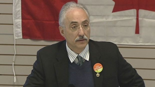 A report released by Western Arctic MP Dennis Bevington recommends increasing the Northern Residents Tax Deduction by 50 per cent across the board, and offering a tax credit in poorer communities, as a way to reduce growing inequality in the territory. (CBC.ca)