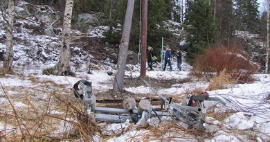 Many power cables were brought down by the strong winds. (Lotte Nord/SR)