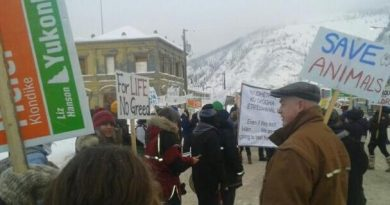 People in Dawson City rally to protest the Yukon government's plan to open the Peel River watershed to development. (Courtesy of Ricky Mawunganidze / CBC.ca)