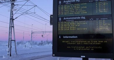 All trains from Sweden's Arctic city of Kiruna have been cancelled due to the extremely cold weather. (Alexander Linder/Sveriges Radio)