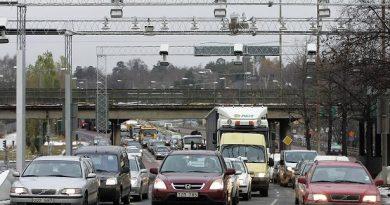 Traffic entering Stockholm, Sweden. (Sven Nackstrand / AFP)
