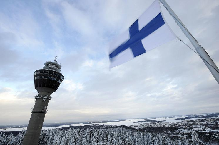Finland's flag. (Martti Kainulainen / Lehtikuva / AFP)