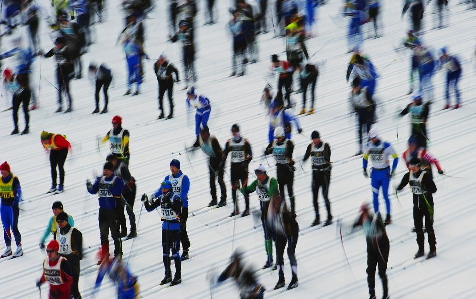 Skiers at the 2012 edition of the Vasaloppet ski marathon. (Jonathan Nackstrand / AFP)