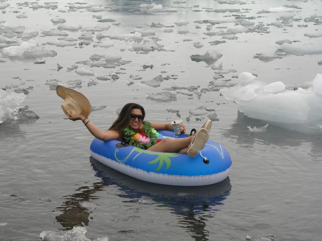 Lifestyle and melting ice? (I.Quaile, Alaska 2008)