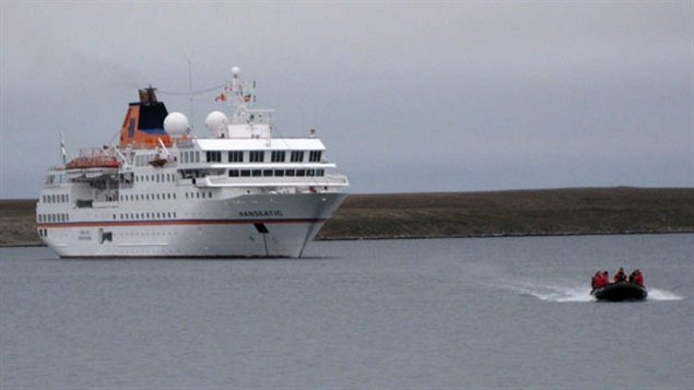 Global warming has meant more shipping through the Arctic waters with potential for oil, gas and mineral development and commercial fishing. (Robyn Burns/CBC)