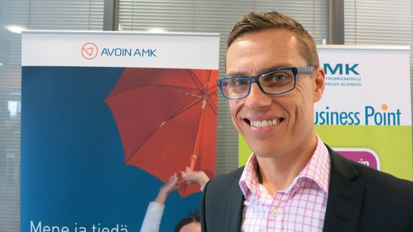 Alexander Stubb, Finland's Minister of European Affairs and Foreign Trade is concerned about the effects of Russia's economic dip on Finland. (Timo Leponiemi / Yle)