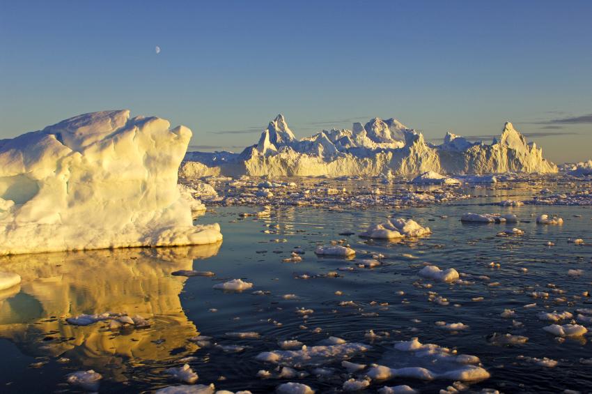 Icebergs Ilulliset Greenland (iStock)