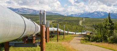 The trans-Alaska pipeline. (iStock)
