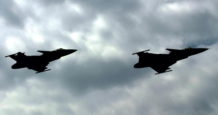 Two Swedish Jan-39 Gripen jet fighters in 2005. (Michal Cizek/AFP)
