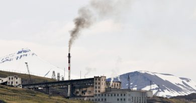 Coal power plant in Russian coal mine settlement Barentsburg, Svalbard, Norway in 2008. (iStock)