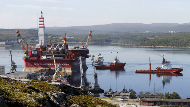 Russia's Prirazlomnaya platform in an August 18, 2011 file photo. Russian officials say production at the Prirazlomnaya project in the Russian Arctic is being challenged by western sanctions, which is preventing them from accessing spare parts. (Andrei Pronin/AP)