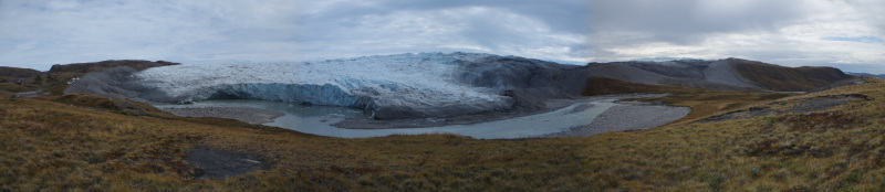 The glacier before it calved, on August 20, 2014.( Mia Bennett)