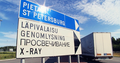 Truck drivers at Lappeenranta border crossing reported being denied access by Russian officials following Thursday's sanctions announcement. (YLE)