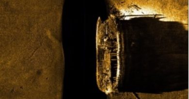 A sea-floor scan shows one of the two long-missing Franklin ships. The image was unveiled by Canadian Prime Minister Stephen Harper with much fanfare in 2014. (Canada parks/The Canadian Press)
