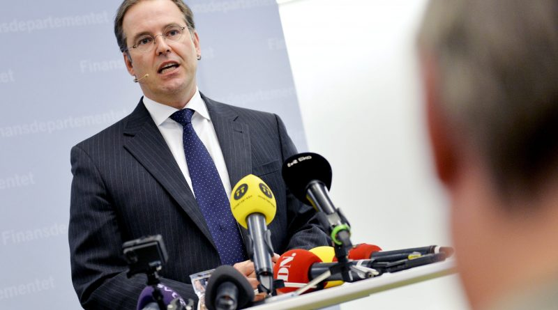 Anders Borg announces he is leaving politics, following the general election results in Stockholm on September 15, 2014. (Jonas Ekstromer/AFP/Getty Images)