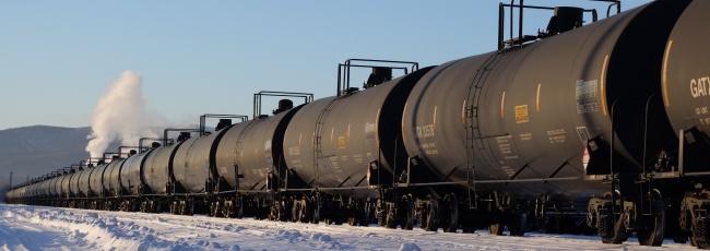 Oil-by-train. (Thomas Nilsen/Barents Observer)