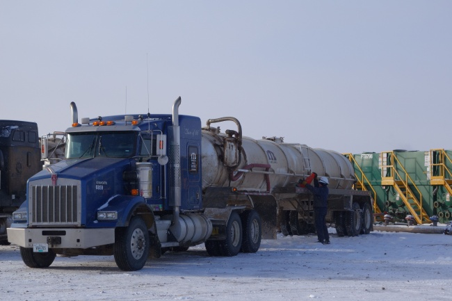With booming oil fracking, like here in North Dakota, prices could continue to drop. (Thomas Nilsen/Barents Observer)