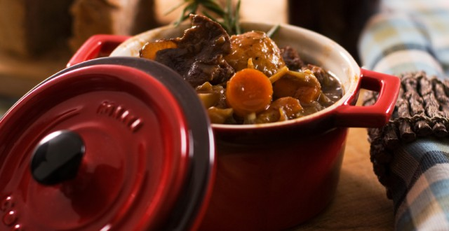 A pot of vegetable and moose stew. What are you having for American Thanksgiving this year? (iStock)