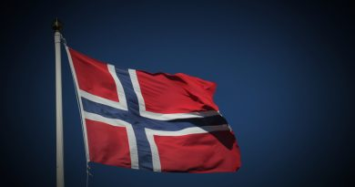 Figures from the Norwegian-Russian Chamber of Commerce show that total bilateral trade in first half 2015 dropped 28 percent year-on-year to a total of €672 million. (iStock)