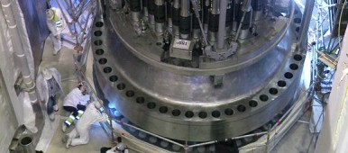 Work on the OL3 reactor last July. (Yle)
