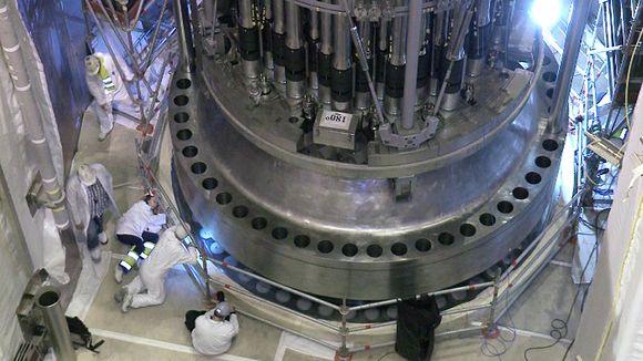 Work on the OL3 reactor last July. (Yle)