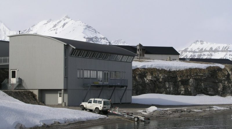 Ny Alesund, Spitsbergen hosts the world's northernmost marine lab. (Irene Quaile, 2007)