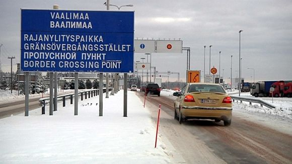 Traffic is slowing to a drip at Vaalimaa. (Mika Moksu / Yle)