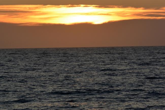 Sunset over the Barents Sea. (Thomas Nilsen/Barents Observer)