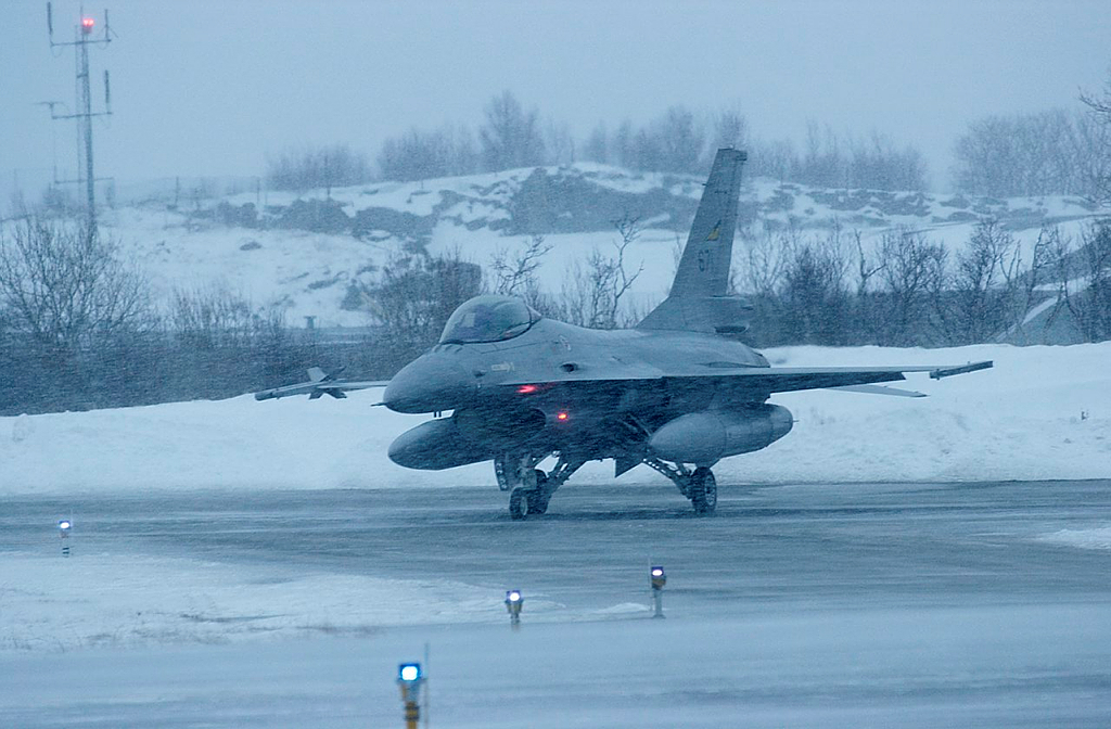 A Norwegian F-16 at the  Bodø airbase. (Kim H. Bjorheim/Norwegian Armed Forces)