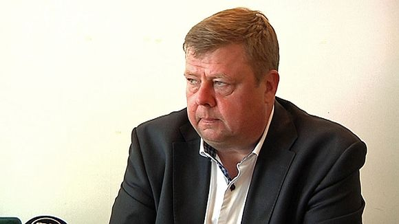 The CEO of the beleaguered Talvivaara mine gets more bad news. (Kalle Heikkinen / Yle)