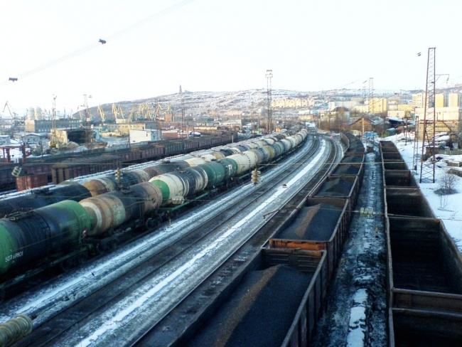 The company Kuzbassrazrezugol (KRU) does no longer want to build a coal terminal in Murmansk. (Atle Staalesen/Barents Observer)