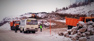 Construction work on E105 between the old check-point and Borisoglebsk. (Thomas Nilsen/Barents Observer)
