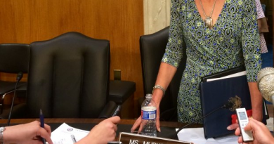 Alaska senator Lisa Murkowski with reporters. (Erica Martinson/Alaska Dispatch News)